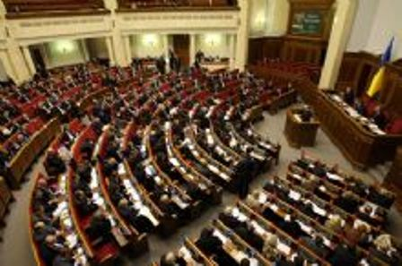 Янукович разблокирует Раду в 13:00. Как раз обед